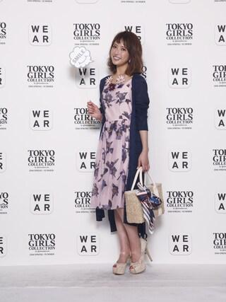 東京ガールズコレクション(TGC)さんの「スパンオーガンジー花柄切替ワンピース(31 Sons de mode|トランテアン ソン ドゥ モード)」を使ったコーディネート