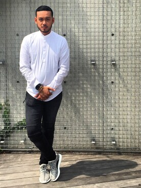 (adidas) using this mendoza looks