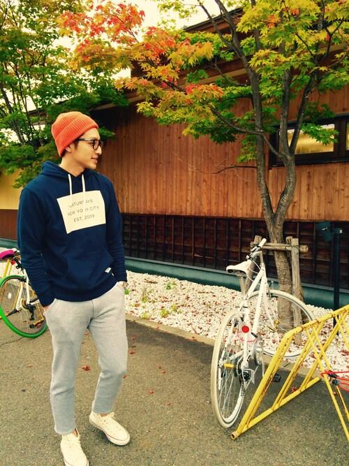 青パーカーで作る秋にハンサムコーデ伝授|厳選ブランド&realコーデ