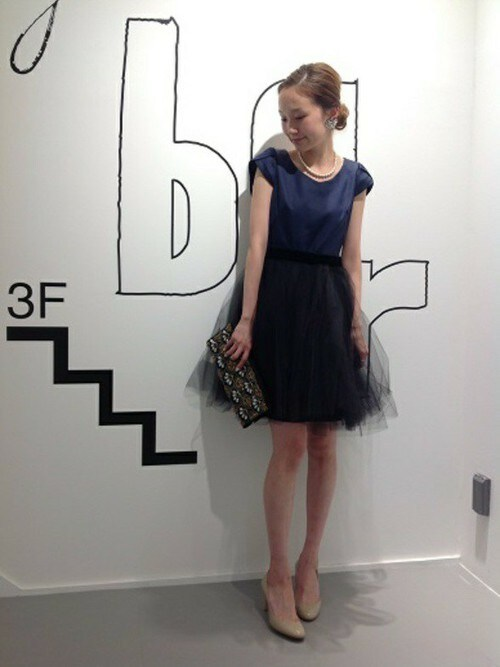 半袖のチュールスカートフレアドレス参考コーディネート画像