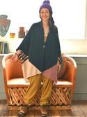 チャイハネSTAFFさんの「【チャイハネ】刺繍ラウンドクッション(Amina|アミナ)」を使ったコーディネート