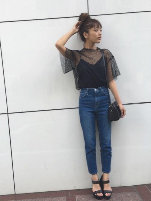シースルーの服の近藤千尋