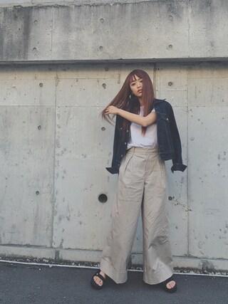 近藤千尋さんの「ツイルストレッチワイドパンツ(The Dayz tokyo|ザ デイズ トーキョー)」を使ったコーディネート