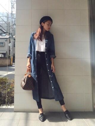 近藤千尋さんの「パッチワークライクマキシデニムシャツ(GYDA|ジェイダ)」を使ったコーディネート