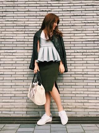 伊波芳杏 よっぴーさんの「Boildウールニトスカート(TODAYFUL|トゥデイフル)」を使ったコーディネート
