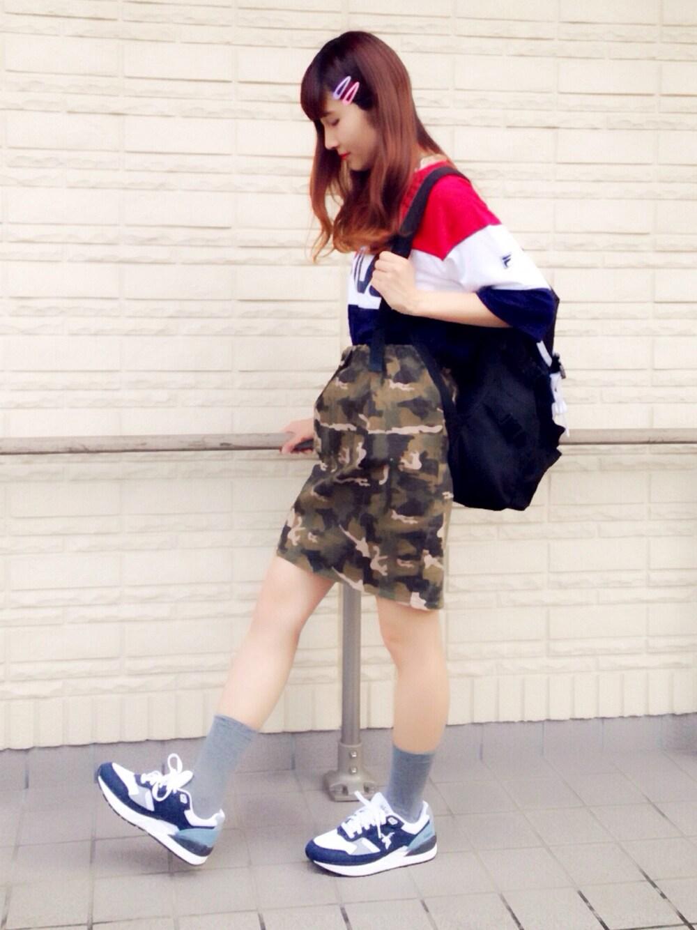 迷彩スカート×FILAトップス