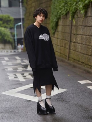 PAMEO POSE CONCEPT SHOP|PAMEO POSEさんの「HYPNOS V-NECK SWEAT TOP(PAMEO POSE|パメオポーズ)」を使ったコーディネート