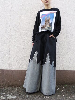 PAMEO POSE CONCEPT SHOP|PAMEO POSEさんの「SAGRADA FAMILIA POSTCARD LONG T-SHIRTS(PAMEO POSE|パメオポーズ)」を使ったコーディネート