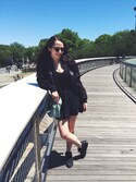 「Ray-Ban Black Clubmaster Sunglasses(Ray-Ban)」 using this Katie Wong looks