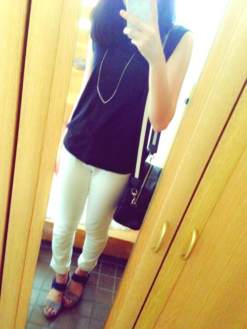 Sena|dazzlinのTシャツ・カットソーを使ったコーディネート