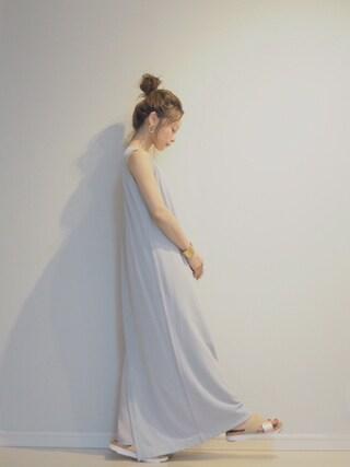 田中亜希子さんの「UGG/ W Kari コンフォートサンダル(UGG Australia|アグ オーストラリア)」を使ったコーディネート