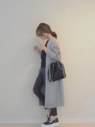 田中亜希子さんの「Acne Studios Raya Knitted Cardigan(Acne Studios|アクネストゥディオズ)」を使ったコーディネート