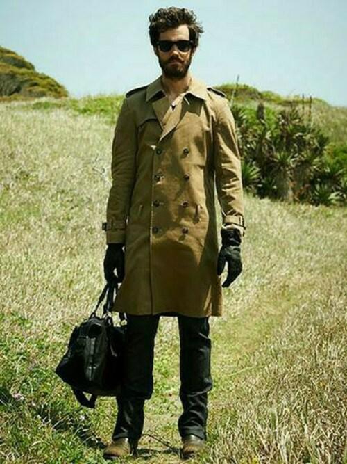 メンズトレンチコートの着こなし~各カラーごとの着こなしをご紹介~