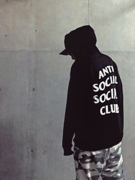 A GM Los Angeles employee GOSGM is wearing ANTI SOCIAL SOCIAL CLUB
