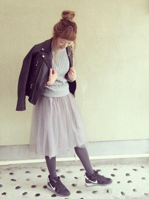 チュールスカート 可愛い着こなし 秋冬