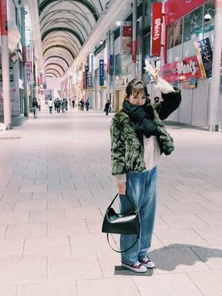 田中里奈さんの「レッキスラビットファージャケット/AEFC レッキスラビットFUR ZIP(Another Edition|アナザーエディション)」を使ったコーディネート