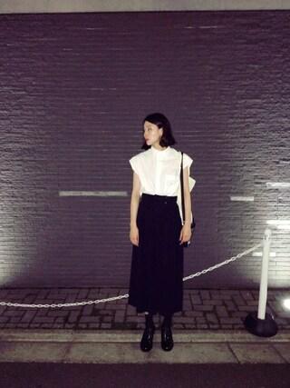 珠里亜さんの「NO SLEEVE SHIRTS/ノースリーブシャツ(sofar|ソーファー)」を使ったコーディネート