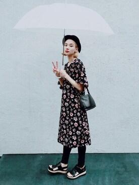 珠里亜さんの「<スザンヌさんコラボ>ラブ&ピースプロジェクト フレアースリーブ花柄ワンピース(haco!|ハコ)」を使ったコーディネート