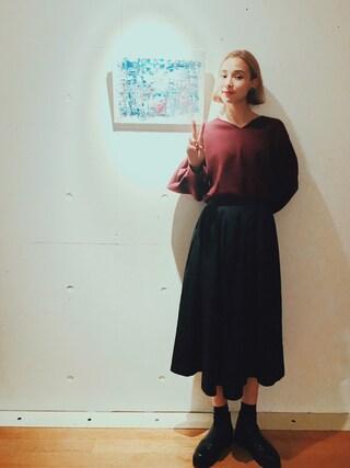 珠里亜さんの「<高橋愛さんコラボ>ラブ&ピースプロジェクト ミラノリブ編み袖ぷっくりVネックニット(haco!|ハコ)」を使ったコーディネート