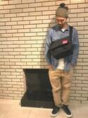 内野 大悟さんの「Buckle NY Messenger Bag JR  M 【Online Limited】バックル ニューヨーク メッセンジャー バッグ(Manhattan Portage マンハッタンポーテージ)」を使ったコーディネート