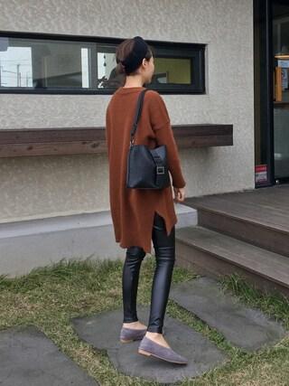 bagazimurijp|bagazimuriさんの「サイドスリット入りアンバランスロング丈ニット」を使ったコーディネート