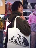手汗太郎さんの「THE NORTH FACE TNF ORGANIC COTTON TOTE 5色展開(The North Face|ザノースフェイス)」を使ったコーディネート