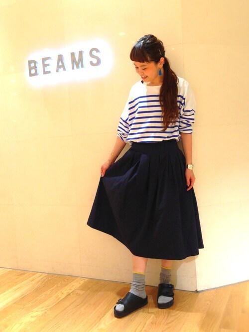 ASAMI OKANOさんの「BEAMS BOY / ナバルボーダー ビックボートネック(BEAMS BOY)」を使ったコーディネート