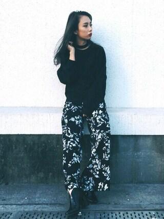 EMODA渋谷109店 武村 沙愛さんの「DRAW FLOWER TUCK ワイドパンツ(EMODA エモダ)」を使ったコーディネート