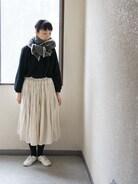 昨日のコーデ。 娘の就学時健診だったのでとりあえず少しだけ 綺麗めの洋服&帽子、ヘアバンドはなしに。上にもう一枚羽織ったけど昨日は 寒かったー。 なんとなく疲れました�� しかし案内してくれる小学生しっかりしてるなー。  ブラウス LE TiROiR de DRESSTERIOR  スカート Honnete ストール JOURNAL STANDARD