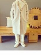 今日からお仕事開始。 お正月、zozoをみていたら気になっていたコート。残念ながら売り切れてたけど店舗に行ったら ありました〜。 白と黒でものすごく悩んだけど白に。 初めて白のコート買ったけど着こなせるかなー ついでにnest Robeに行きサンプル、B級品の セールで白のオーバーオール半額で買っちゃいました��  旦那にはまた白のオーバーオール買ったのとあきれられました…が>_< nest Robeのは休みの日用にしようと思います��  タートルネック 無印良品 オーバーオール BEAMS BOY