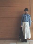 昨日のお休みコーデです。 今回は娘が撮ってくれました�� ロングスカートを履いてると三歳の息子が引っ張るので困ります>_<
