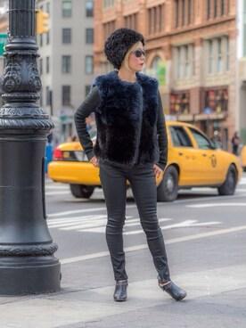 (DKNY DONNA KARAN NEW YORK) using this Rock Mama NYC looks