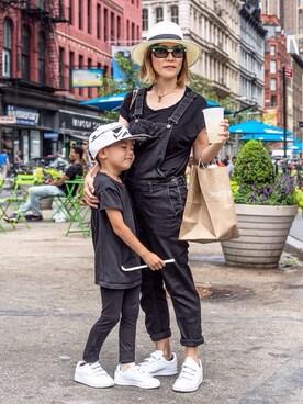 Rock Mama NYC looks