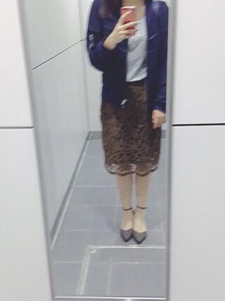 Naさんの「カットワークレースミドルタイトスカート(mysty woman ミスティウーマン)」を使ったコーディネート