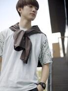 Tシャツ kolor 形にかけたジャケット +j パンツ kolor  ボタニカル柄のkolorのTシャツを主役に☆