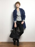 阿久津友里さんの「【PLAIN CLOTHING】ブレードファスナーボストンバッグ(PLAIN CLOTHING|プレーンクロージング)」を使ったコーディネート