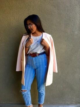 (H&M) using this Christina Neri looks