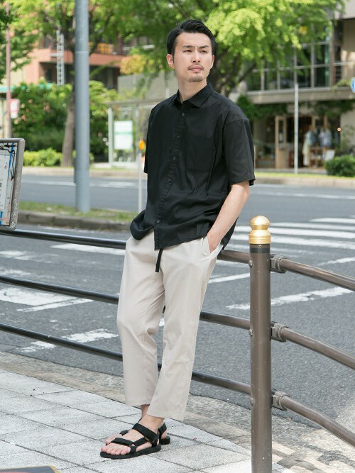 kondoさんの「LYCRA STRETCH LOOSE SHIRTS(URBAN RESEARCH)」を使ったコーディネート