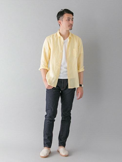 アーバンリサーチ 三宮店kondoさんのシャツ/ブラウス「UR EUROPEAN LINEN SHIRT(URBAN RESEARCH|アーバンリサーチ)」を使ったコーディネート