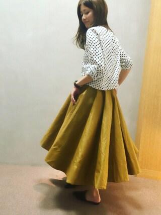 RANDA 本社|nishiさんの「アシンメトリーボリュームフレアスカート(RANDA|ランダ)」を使ったコーディネート