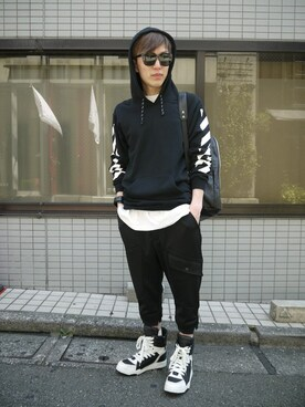 MIDWEST TOKYO MEN|MIDWEST江口貴康さんの「OFF WHITE 『CARRY OVER』パーカー(off white)」を使ったコーディネート