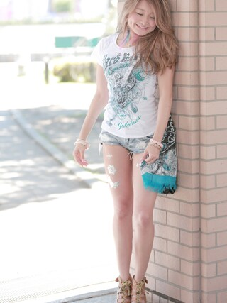 Hard Rock Cafe JAPAN|Hard Rock Cafe JAPANさんの「Couture Stitch Scoop Tee(Hard Rock Cafe|ハードロックカフェ)」を使ったコーディネート