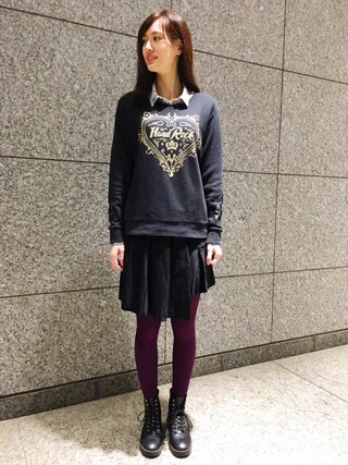 Hard Rock Cafe JAPAN|Hard Rock Cafe JAPANさんの「Couture Crew Fleece Black(Hard Rock Cafe|ハードロックカフェ)」を使ったコーディネート