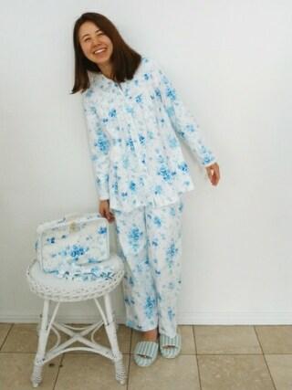 代官山アルカディア店 キッドブルーさんの「キッドブルー -接結ブラッサムPt -長袖パジャマ -KNEK511 -kidblue(KID BLUE キッドブルー)」を使ったコーディネート