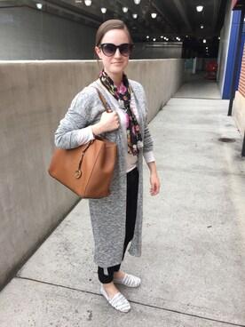 (ANN TAYLOR) using this Savannah Cookson looks