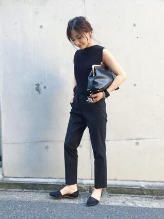 伊地知朋子さんの「Demi-Luxe BEAMS / コットンストレッチ クロップドパンツ(Demi-Luxe BEAMS|デミルクス ビームス)」を使ったコーディネート