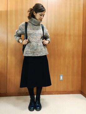 安田美沙子さんの「ハイネックベージュニット(CELINE|オリバーピープルズ)」を使ったコーディネート
