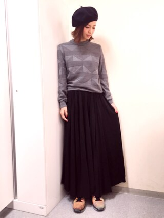 安田美沙子さんの「レザープリーツロングスカート(SEA|シー)」を使ったコーディネート