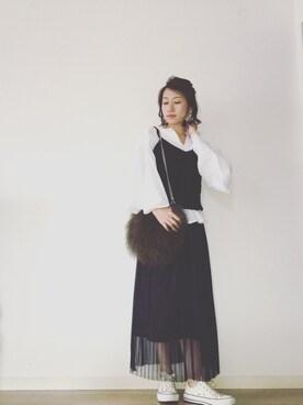 yukari kitamuraさんの「TODAYFUL(トゥディフル) フレアスリーブスキッパーシャツ(TODAYFUL)」を使ったコーディネート