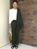 Izumi Satouさんの「BY ベルト シルクスカーフ 88x88 о(BEAUTY&YOUTH UNITED ARROWS|ビューティアンドユースユナイテッドアローズ)」を使ったコーディネート